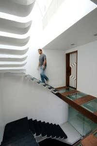 12 Excellent Examples Of Stairs Without Railings ...
