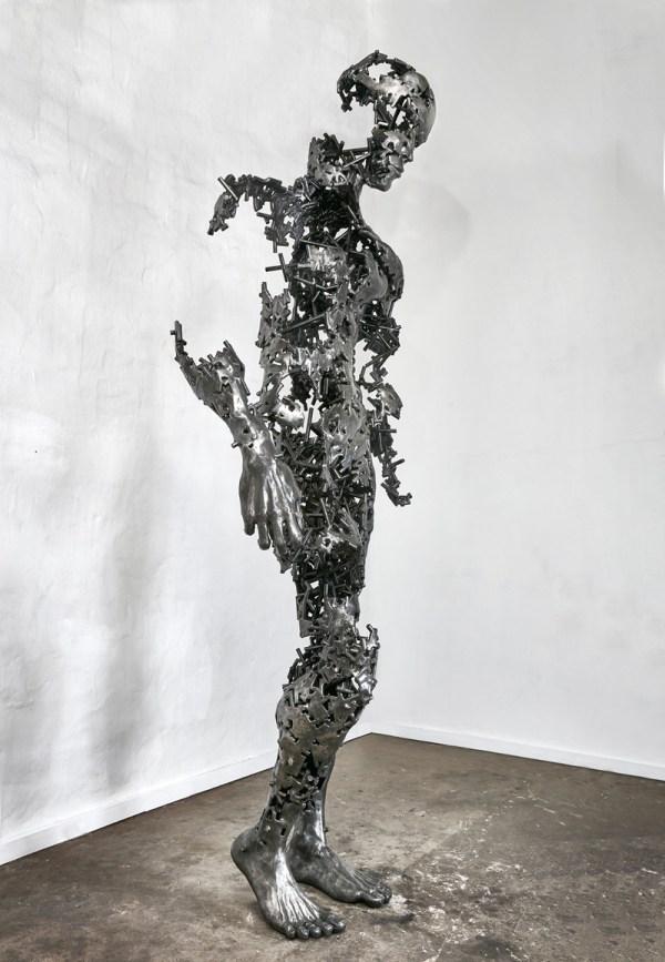 Regardt Van Der Meulen Completes Sculpture Contemporist
