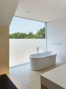 Bathroom with Privacy Glass Windows