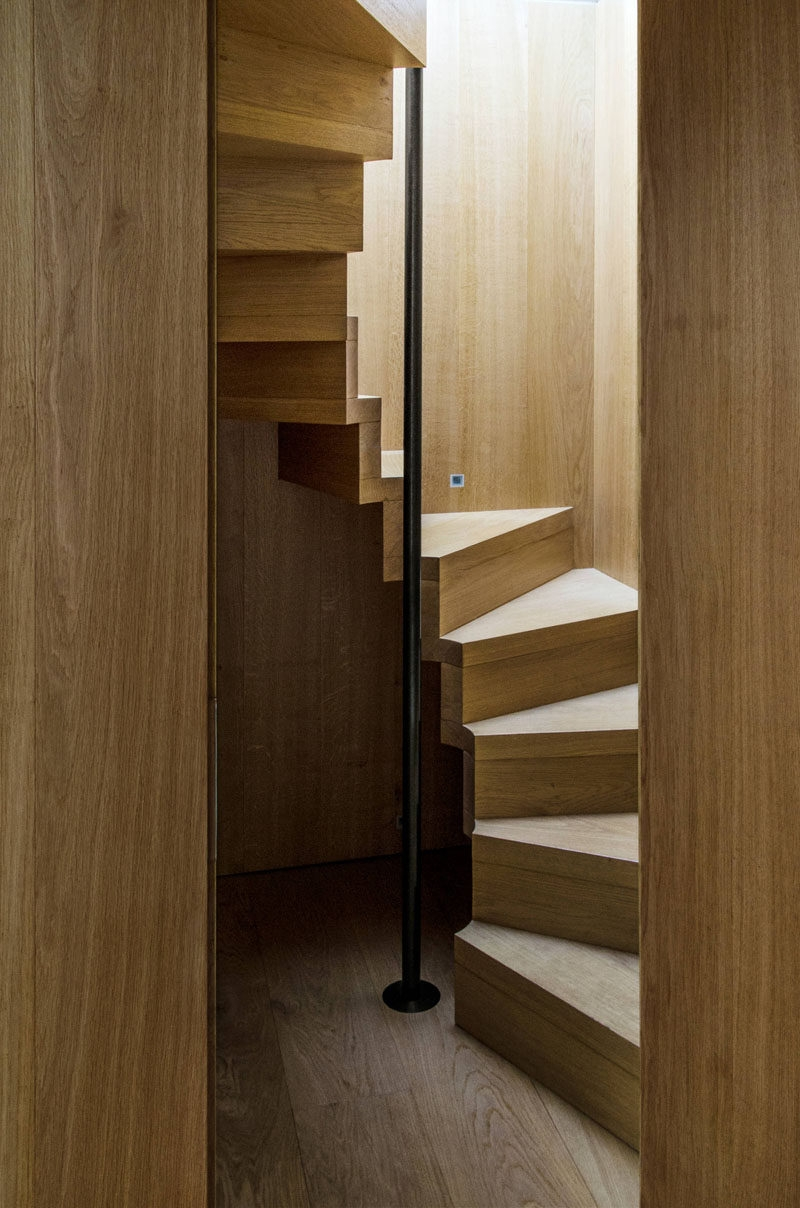 13 Stair Design Ideas For Small Spaces | Spiral Stairs For Small Spaces | Second Floor | Low Budget | Square | Low Cost Simple | Metal