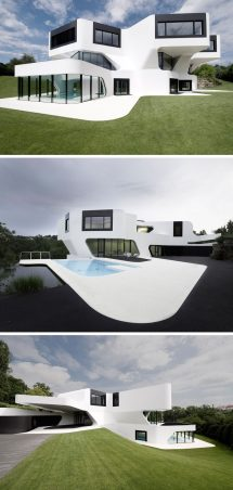 Modern Black Exterior White House