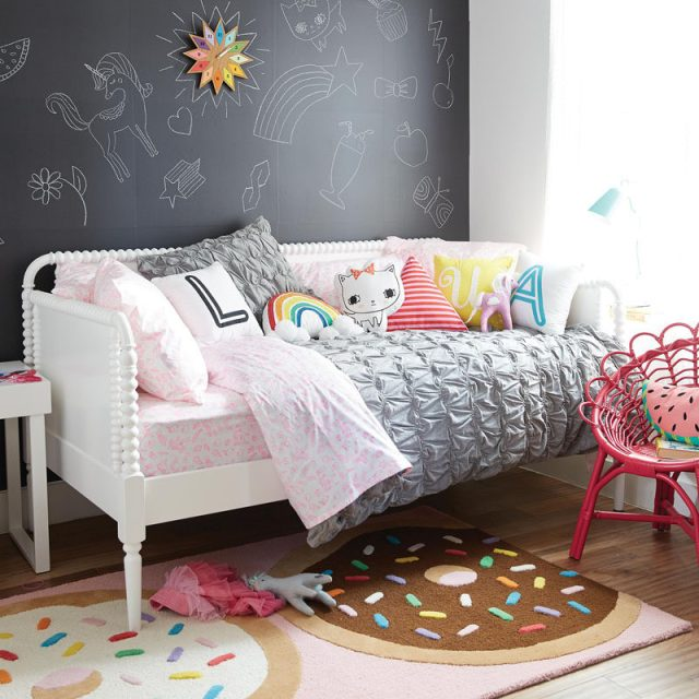 Cute Bedroom Decorating Ideas For Modern Girls | CONTEMPORIST