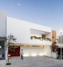 White Modern Minimalist House
