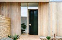 Front Door Design Idea - Use An Oversized Circular Door ...
