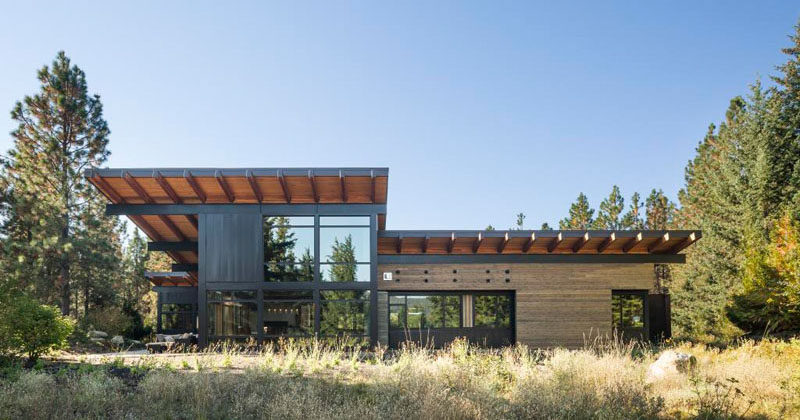 This Family Vacation House Was Designed With Entertaining In Mind