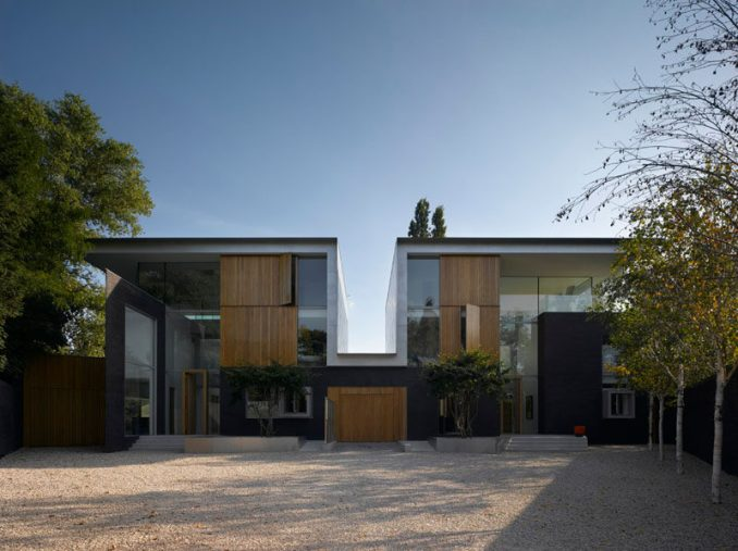 Architecture firm Thompson + Baroni together with Stephen Marshall Architects, have designed a pair of new houses that are located in Dulwich, an area of South East London.