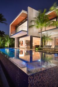 A New Modern Waterfront Home Arrives In Miami | CONTEMPORIST