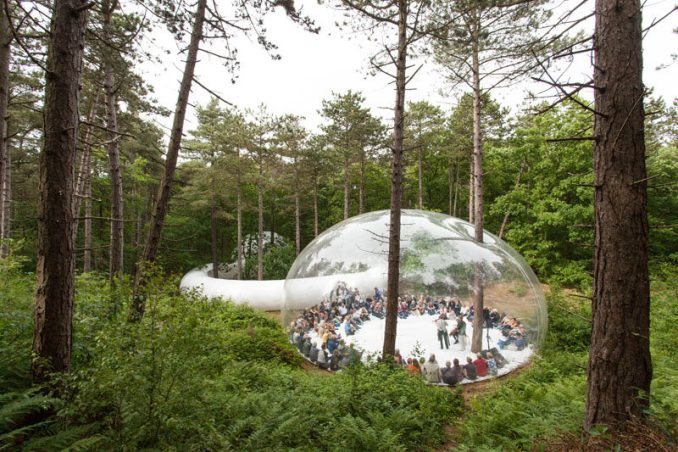 Plastique Fantastique have designed this mobile bubble-like structure that was created for the LOUD SHADOWS project at the Oerol Festival in The Netherlands.