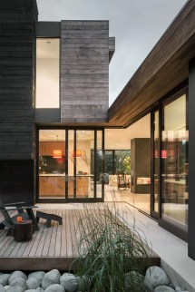 Interior Of Seattle House Opens Small