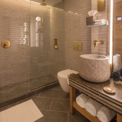 Tiles For Living Room Floor Carpets Rugs The Made Hotel In New York Includes Warm Wood Elements ...