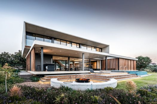 Bloc Architects have designed the 'Forest House', a modern home that's located within an exclusiveforest estate in Durban, South Africa. #ModernArchitecture #ModernHouse #HouseDesign