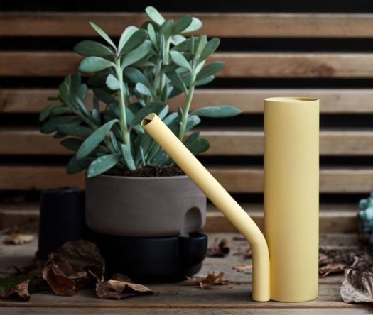 Norwegian designer Stine Aas has created Grab, a new minimalist watering can that's formed by two interconnected cylinders. #WateringCan #Design #Plants