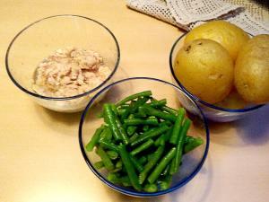 insalata di patate fagiolini e tonno