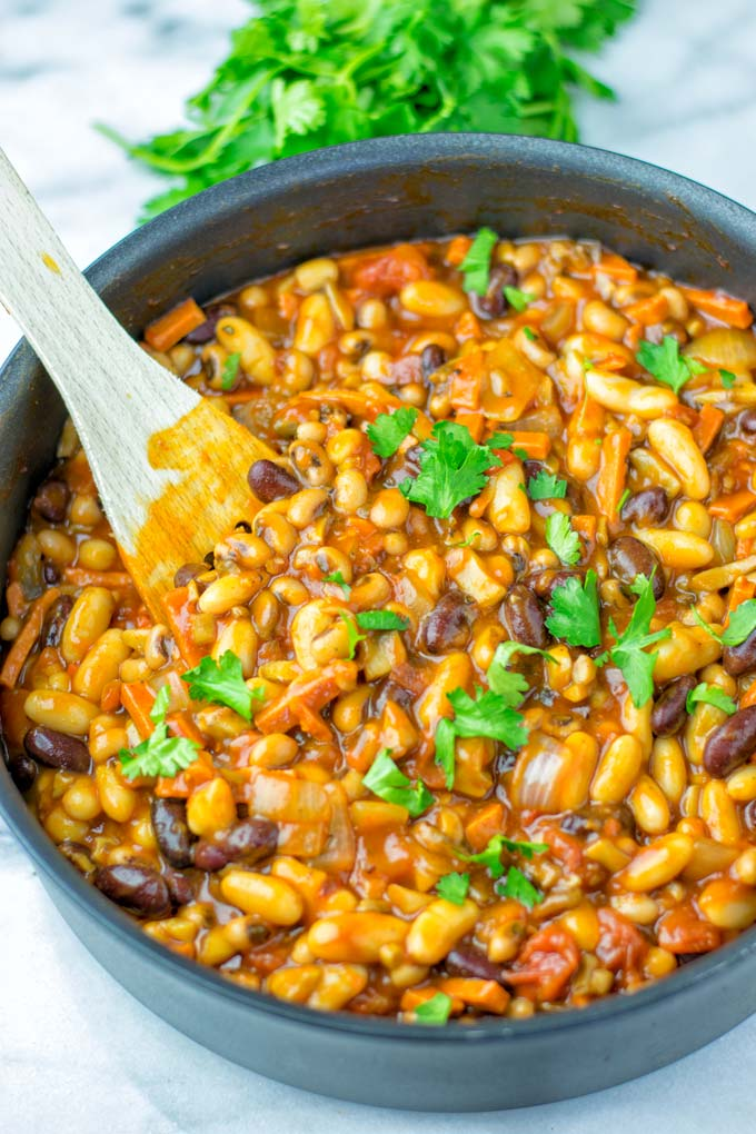 One single pot and it is easy to make vegan Cowboy Beans.