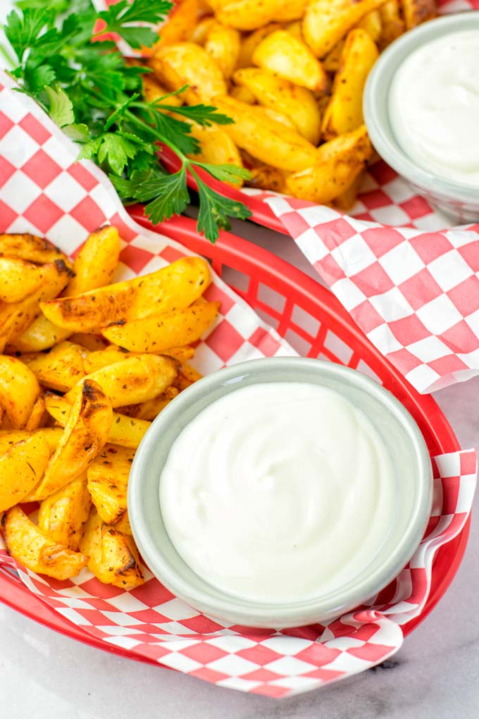 Stunning taste with potato wedges or vegetables.