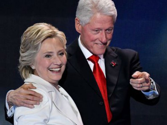 ZoomerRadio Clintons Contest - Chance To Win An Evening with President Bill Clinton And Hillary Rodham Clinton