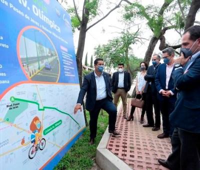 Recorren Gobernador y Secretario de Hacienda importantes proyectos viales para Guanajuato