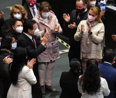 Mario Delgado pide licencia para asumir dirigencia de Morena