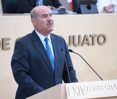 Asesinan en Juventino Rosas a diputado local  y precandidato