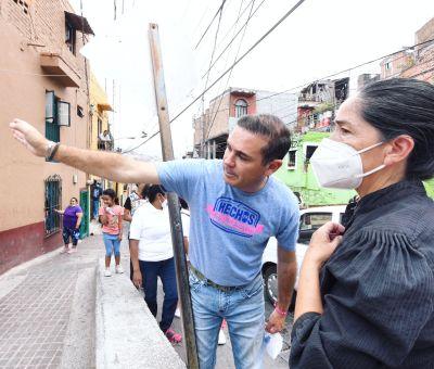 Gestiona Alejandro Navarro empleos para mujeres