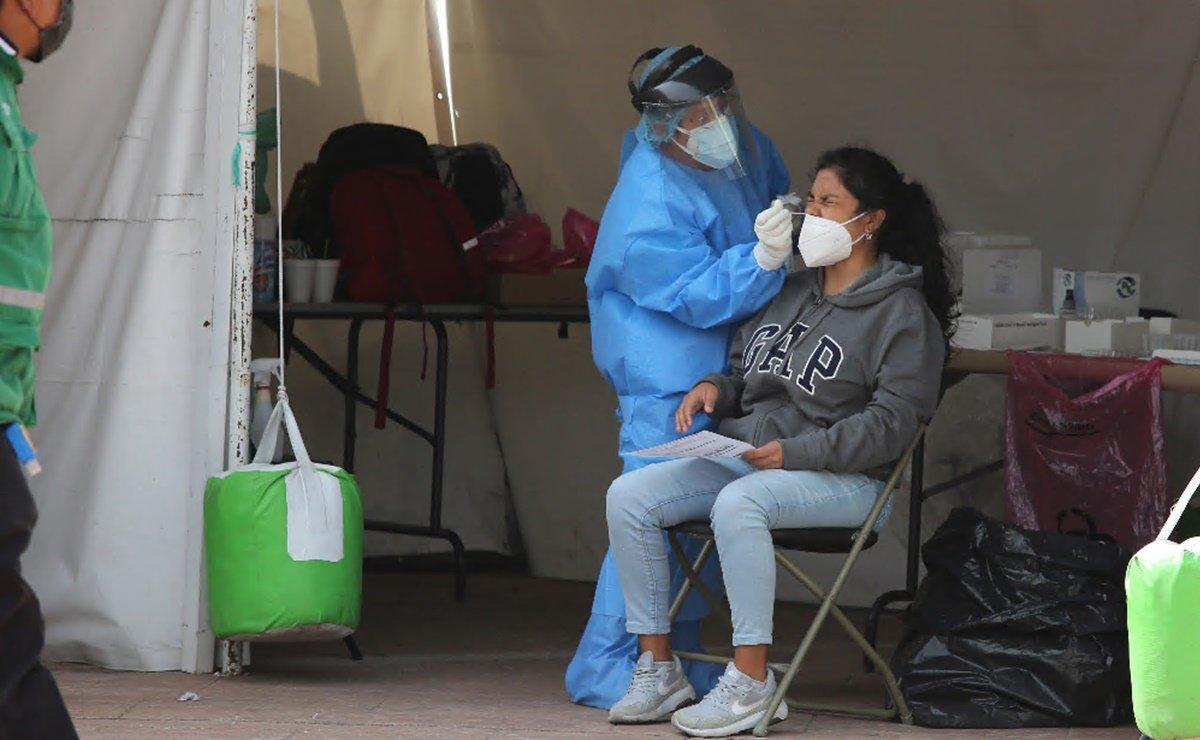 IMSS invita a la población a recibir atención medica en caso de síntomas de covid-19