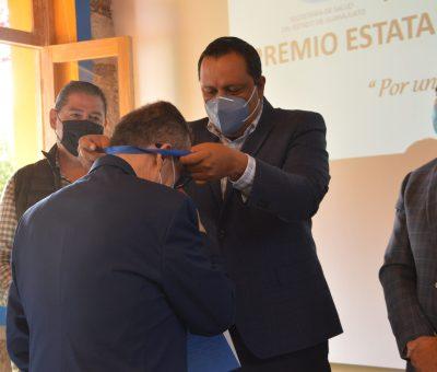 SSG Y SINDICATO DE TRABAJADORES DE LA SALUD ENTREGAN RECONOCIMIENTOS AL MÉRITO LABORAL