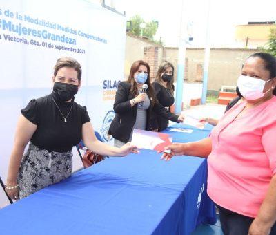 Benefician a 78 mujeres silaoenses con apoyos para fortalecer su economía