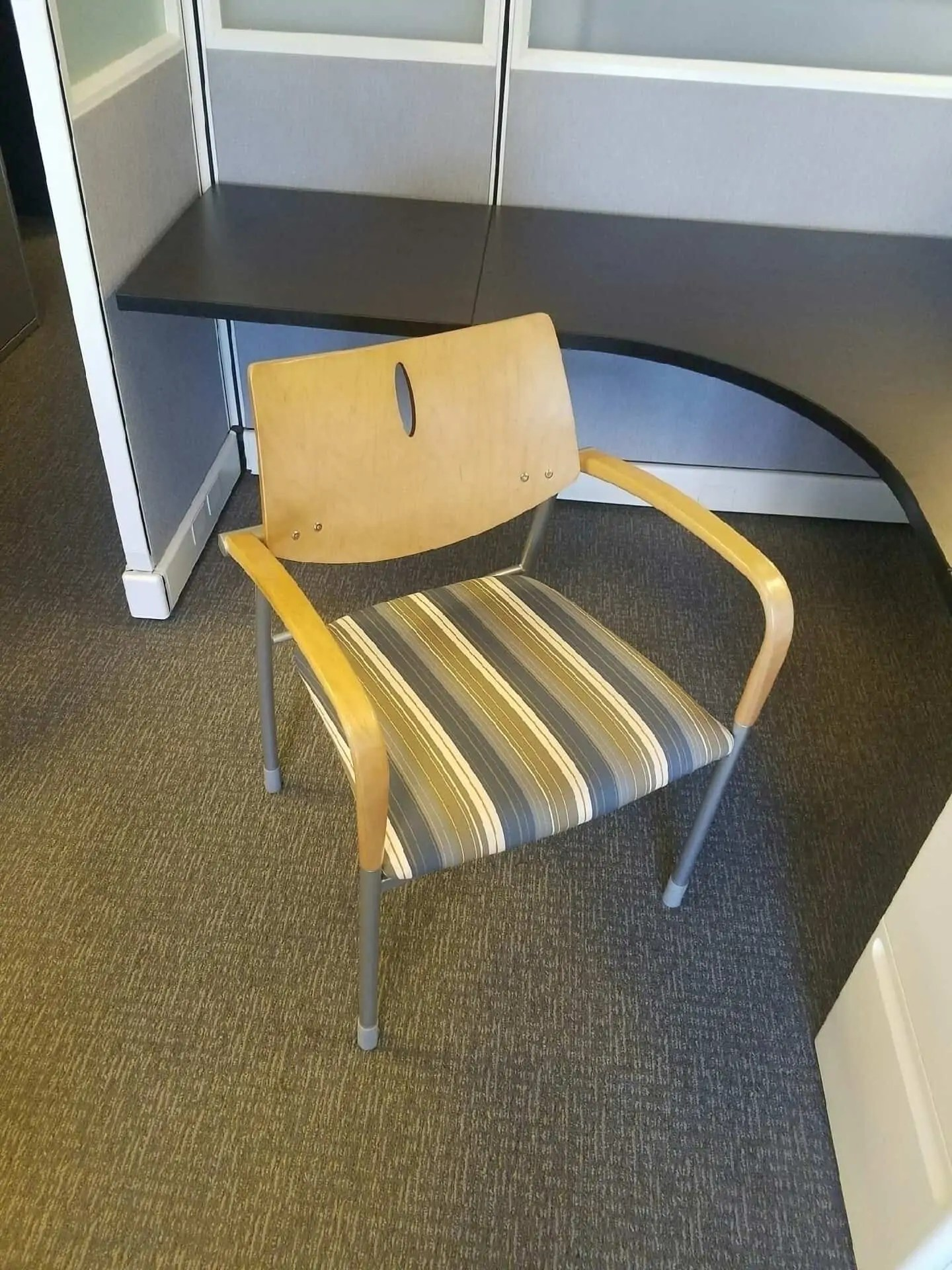 Molti Gunlocke Wooden Side Chairs Secondhand Cheap