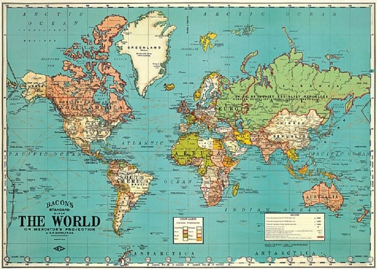 World Map Gift Wrap