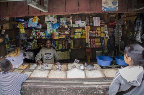 Madagascar Hotels: A Roadside Stand