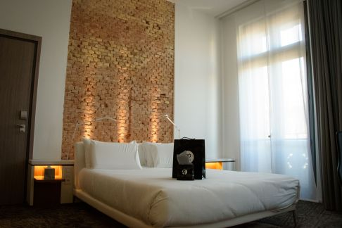 Hotel C2, Luxury Accomodation in Marseille - A Room