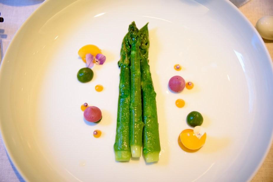 Tim Raue Berlin - Asparagus
