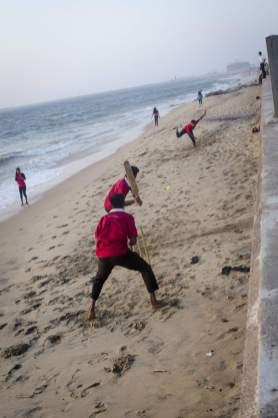 Voyages au Sri Lanka: Une partie de cricket sur la plage du parc Galle Face