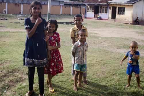 Voyages au Sri Lanka: Une petite famille