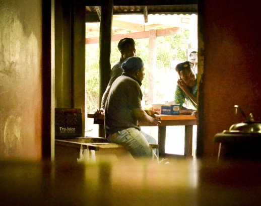 Foodie Jamaica: A slow day for Scotchie's employees