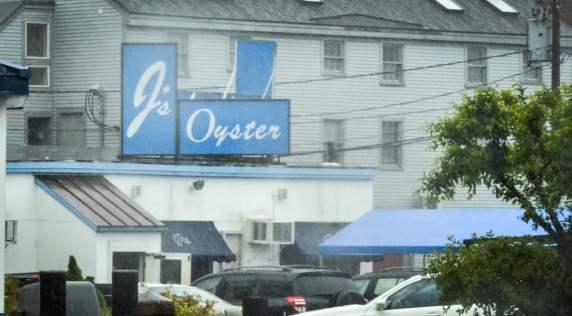 Visiter Portland, Maine: J's Oyster