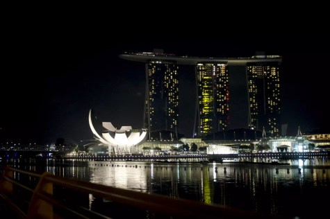 Le Marina Bay Sands de Singapour, le building le plus dispendieux au monde: il a coûté 4,7 millards $ à construire