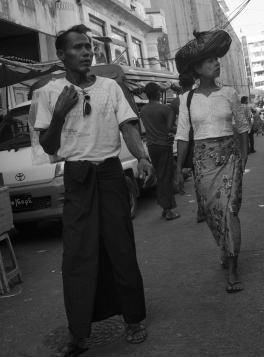 Burma Travel: A couple in Yangon