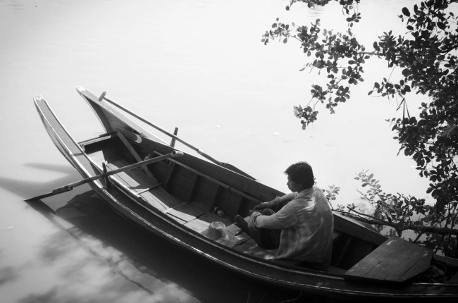 Burma Travel: On the river
