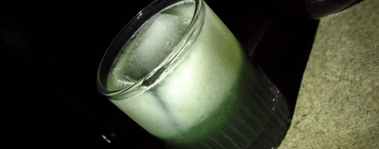 Cocktails d'Halloween: burujowa