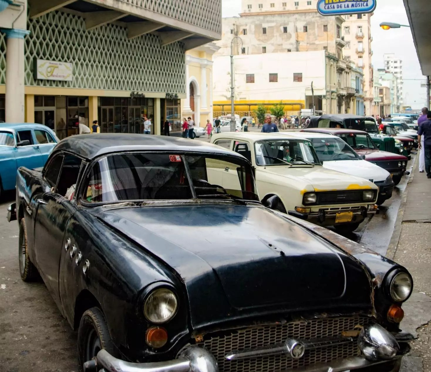 Things to do in Havana - Things to do Outside Varadero Resorts - A Frankenstein Car ! Where to stay in Havana