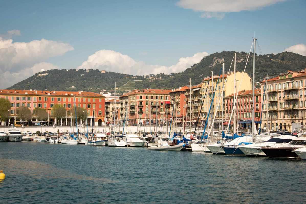 Pays qui profitent le plus du tourisme - France. Ici, le port de Nice. - Photo © Cedric Lizotte