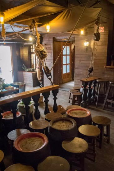 Delirium Café, beer bar in Brusells: The Floris Garden with its decoration of a pirate ship