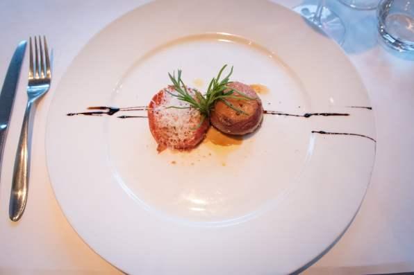 Tandem, restaurant apportez votre vin dans Villeray - Sueda, tomate confite, pétoncle bardé de jambon