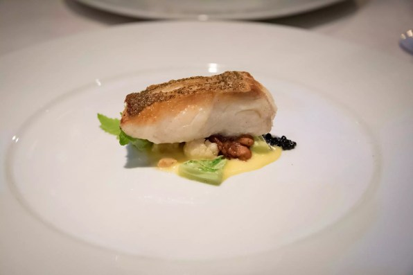 Tandem, restaurant apportez votre vin dans Villeray - Morue, champignons, hollandaise, chou fleur