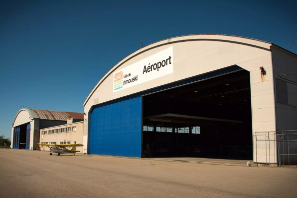 Roadtrip dans le Bas-St-Laurent: L'aéroport de Rimouski