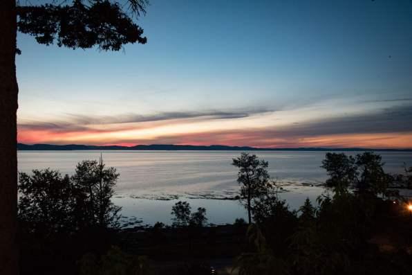 Roadtrip dans le Bas-St-Laurent: Le coucher de soleil à partir de la terrasse de l'Auberge de la Pointe, Rivière-du-Loup