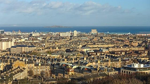 Edinburgh Travel Blog - This is a copyright free photo