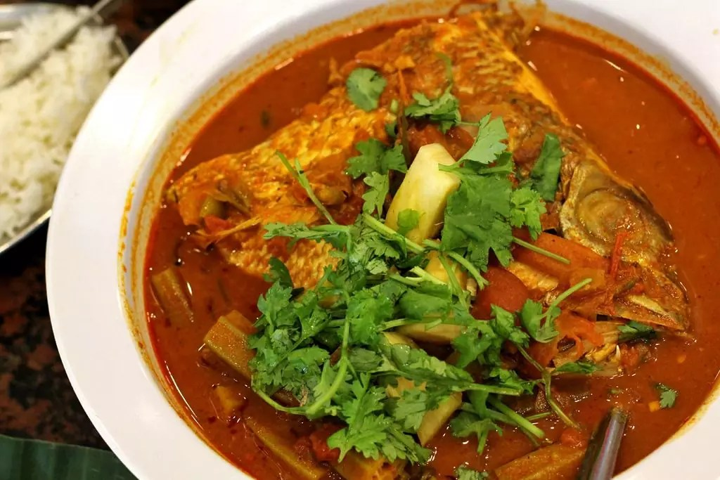 Fish head with curry sauce