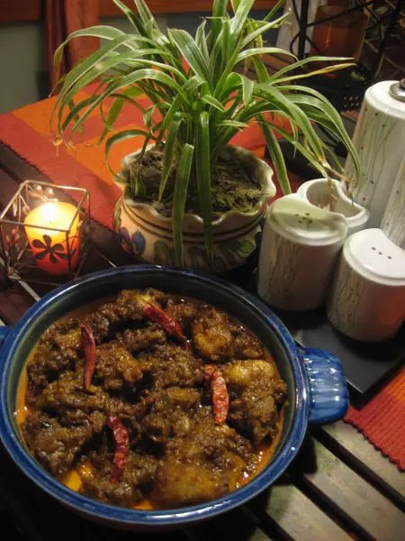 best Indian dishes - Pork Vindaloo - photo by Indu72 under CC-BY-SA-4.0